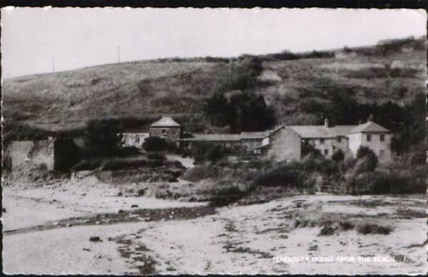 Beach Hotel Prewar Picture from Friends of Pendower Website - History