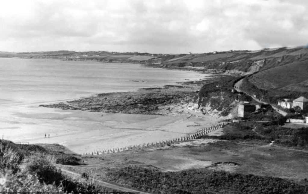 Pendower Beach 1955 1024x648 - History